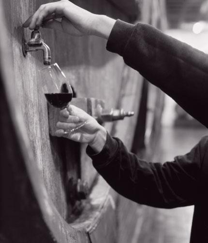 Trait d'union entre l'artisan-vigneron & le marché